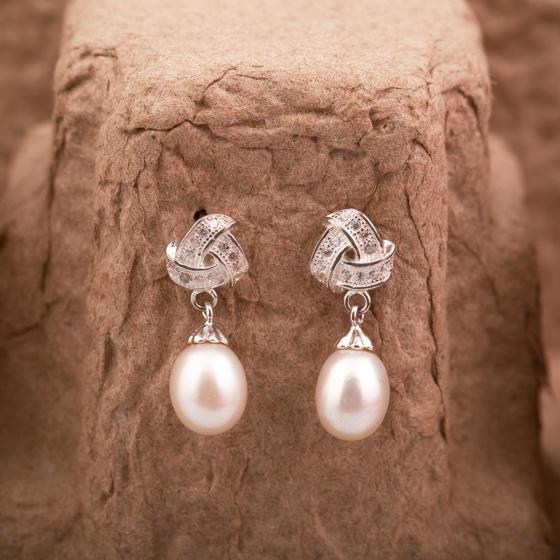 Opal -  Hoa tai dáng dài đính Ngọc Trai - T9