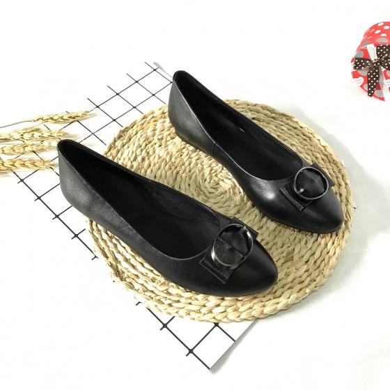 Giày bệt nữ da thật gắn đai sắt Lucacy