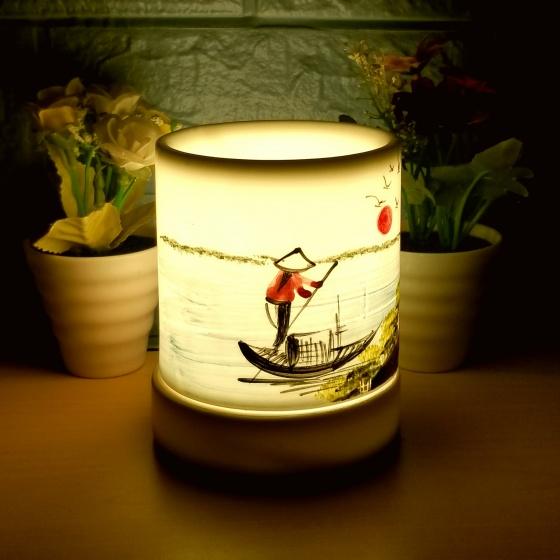 Đèn xông tinh dầu gốm bát tràng dáng ống tặng 01 tinh dầu 10ml (mùi tự chọn) và 01 bóng đèn dự phòng (ON05))