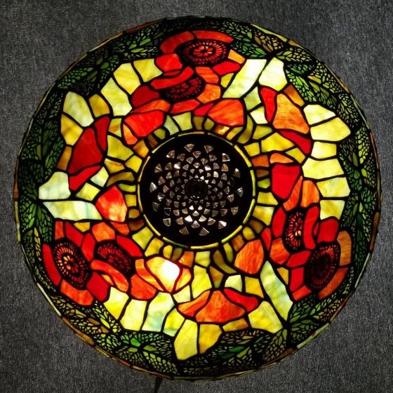 Đèn bàn trang trí Tiffany chao 40 - theo phiên bản gốc