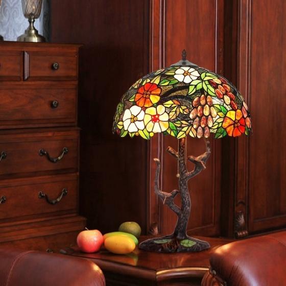 Đèn bàn trang trí Tiffany chao 40 chân cây chim