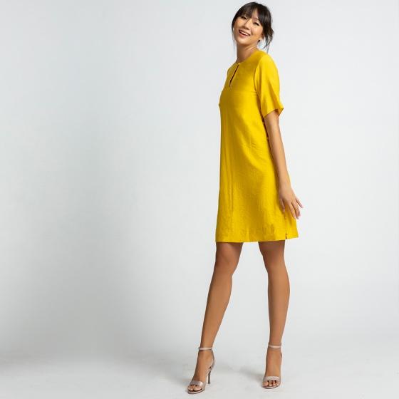Đầm suông hity DRE095 (vàng mù tạt)