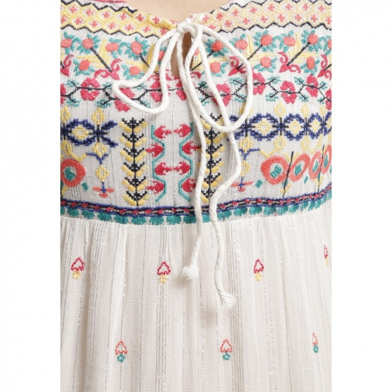 Đầm midi trắng thêu hoa Luna Llena LN114BX65-PR