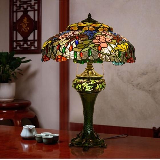 Đèn bàn trang trí Tiffany chuồn chuồn hoa sen chao 49,5