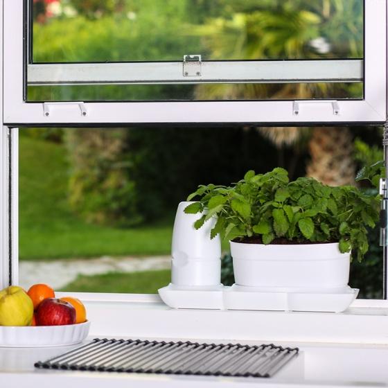 Bộ chậu trồng rau tự động tưới thông minh Minigarden Basic Uno, phong cách Châu Âu, bảo hành 10 năm