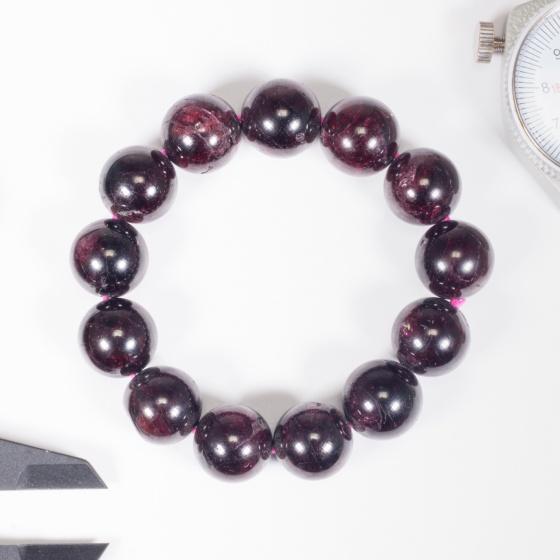 Vòng tay phong thủy nữ đá garnet 16mm mệnh hỏa , thổ - Ngọc Quý Gemstones
