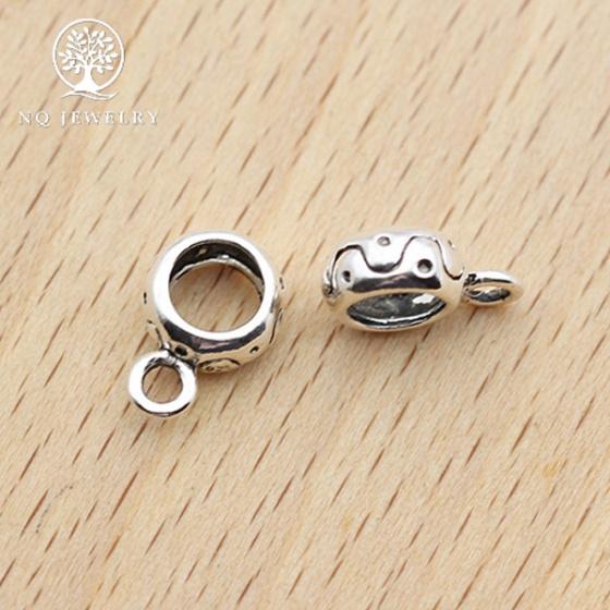 Charm bạc hình trụ xỏ ngang để gắn charm treo 7.5mm