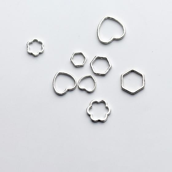 Charm bạc hình lục giác lồng hạt xỏ ngang 10mm