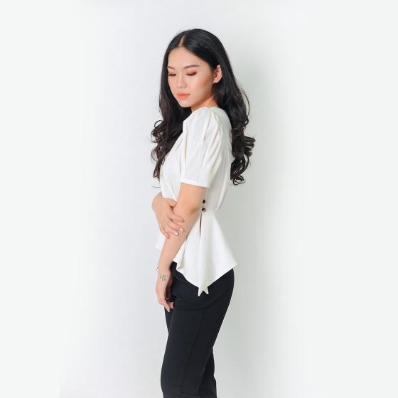 Áo kiểu thời trang Eden dáng ngắn tà xéo màu trắng - ASM053