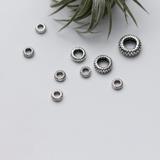 Charm bạc chặn hạt họa tiết 6mm