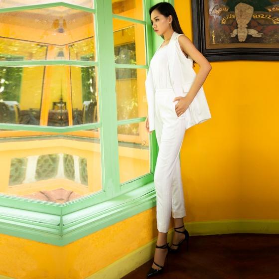Áo khoác sát nách gile dáng dài thời trang thiết kế Hity TOP112 ( trắng kim cương)