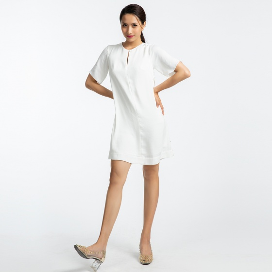 Đầm suông Hity DRE095 (trắng kim cương)