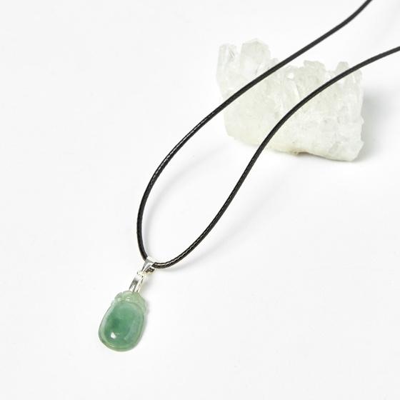 Mặt dây chuyền hạt đậu cẩm thạch phỉ thúy 1.8cm mệnh hỏa, mộc kiểu 3 - Ngọc Quý Gemstones