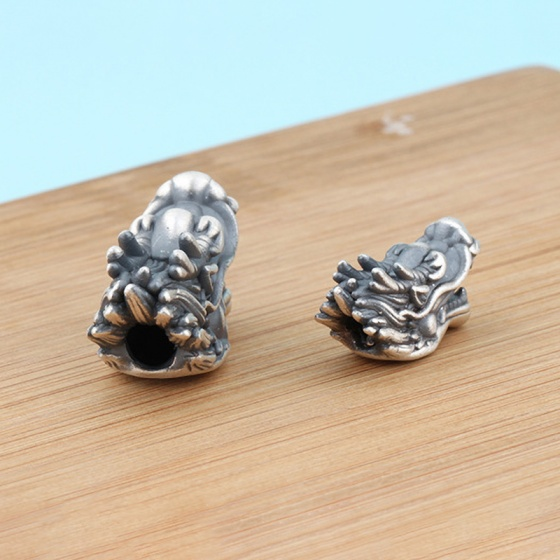 Charm bạc đầu rồng xỏ ngang 26.9x15mm - Ngọc Quý Gemstones