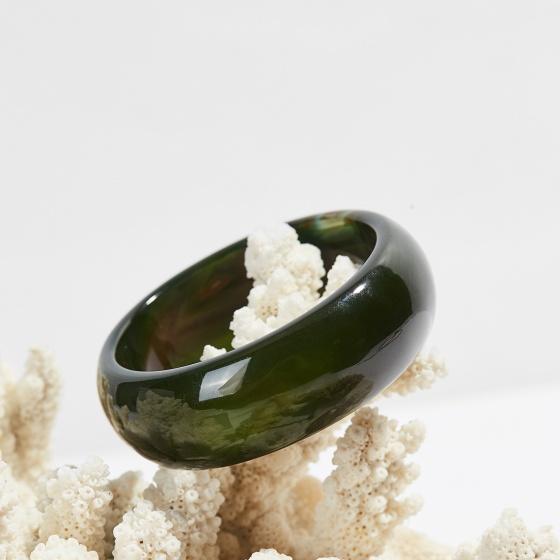 Vòng tay mã não xanh rêu bản hẹ dầy 20mm mệnh mộc hỏa - Ngọc Quý Gemstones