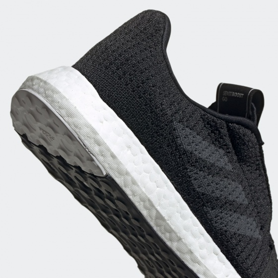 Giày thể thao chạy bộ chính hãng Adidas Senseboost GO F33906