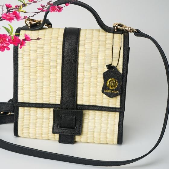 Túi cói thời trang màu đen NORD111