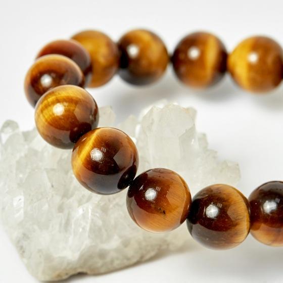 Vòng Phật bản mệnh tuổi tuất hợi phật A di đà thạch anh mắt hổ hạt 12mm mệnh thổ, kim - Ngọc Quý Gemstones