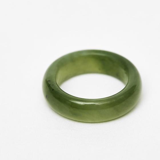 Nhẫn nữ ngọc bích mệnh mộc hỏa - Ngọc Quý Gemstones