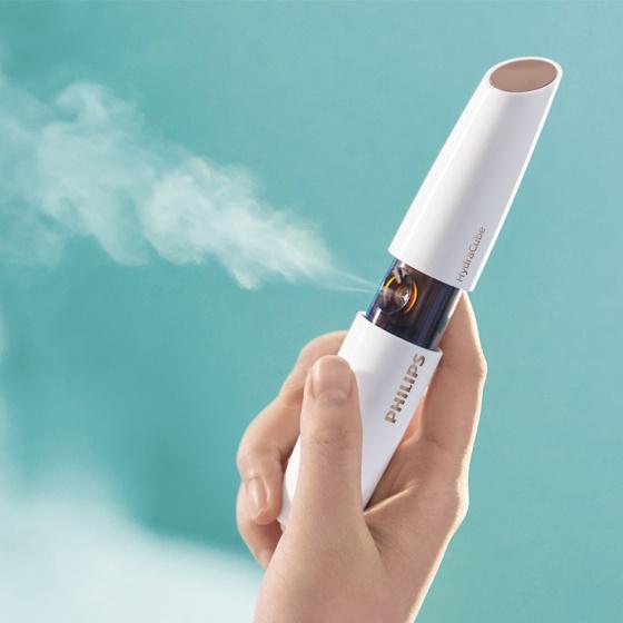 Máy phun sương cầm tay HydraCube dưỡng ẩm da mặt Philips BSC601