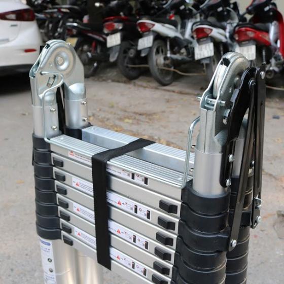 Thang nhôm xếp đôi 8x2 bậc Ameca AMI-P500N 2.5m tải trọng 150kg nhôm 6063