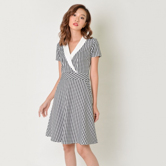 Đầm chữ A thời trang Eden caro cổ vest - D339
