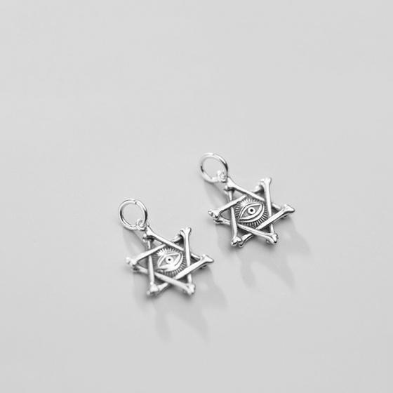 Charm bạc hình con mắt ngàn năm (yugi oh) treo - Ngọc Quý Gemstones