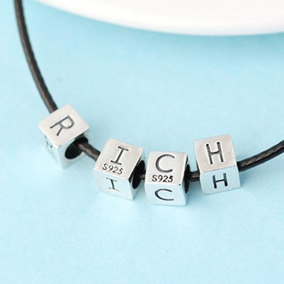 Charm bạc ô vuông khắc chữ cái xỏ ngang chữ B - Ngọc Quý Gemstones