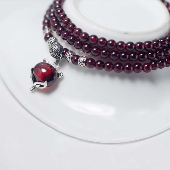 Vòng tay đá garnet 3 line đá Garnet mặt hồ ly mệnh hỏa, thổ - Ngọc Quý Gemstones