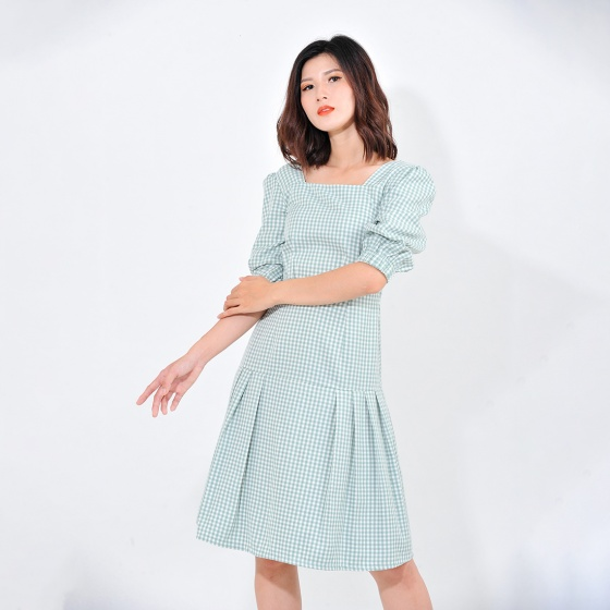 Váy đầm công sở nữ thời trang Eden kẻ ca rô cổ vuông tay lỡ - D410