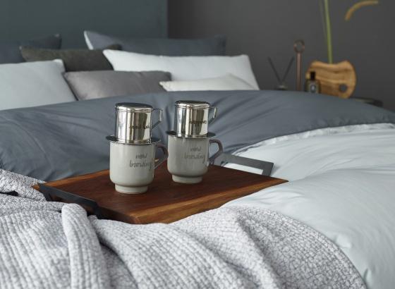 Bộ pha café Love-Vintage 3 món (phin cafe, cốc và đĩa sứ 30cm) Sa Maison