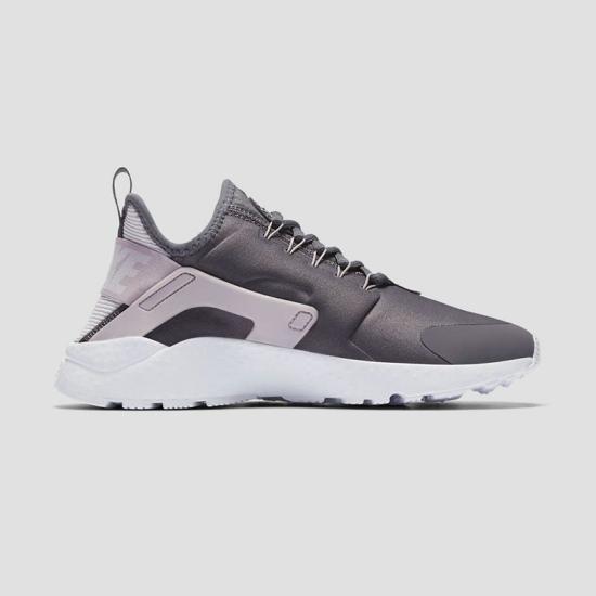 Giày thời trang thể thao W NỮ NIKE AIR HUARACHE RUN ULTRA 819151-016