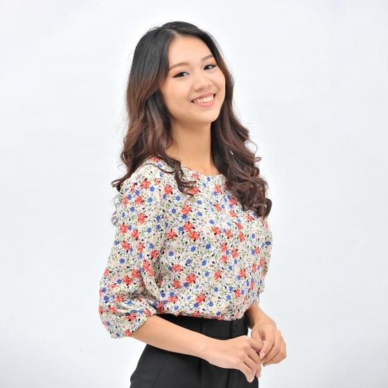 Áo kiểu nữ thời trang Eden họa tiết hoa cổ tròn tay lỡ các điệu - ASM102