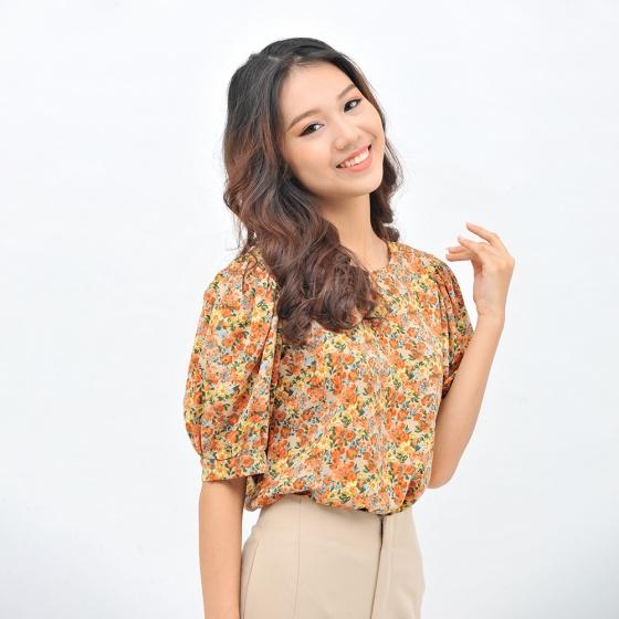 Áo kiểu nữ thời trang Eden họa tiết hoa dáng suông cổ tròn phối nút - ASM100