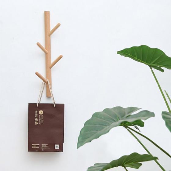 Móc treo quần áo dọc chất liệu gỗ sồi thương hiệu igea gn01