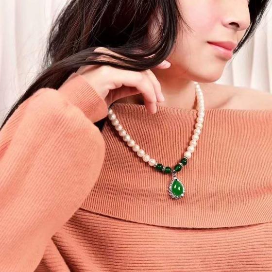 Vòng cổ Ngọc trai Thiên nhiên Cao cấp - Quà tặng Bà và Mẹ - GiftPearl (8-10ly) - CTJ3012 + Tặng kèm bông tai