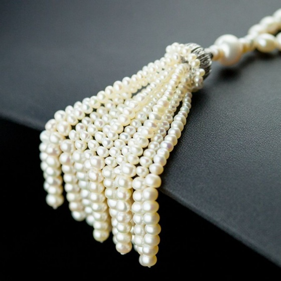 Vòng cổ Ngọc trai Thiên nhiên Cao cấp - Chuỗi đơn dáng dài - Kiểu quý cô ngọc trai - VanesPearl (5-9ly) - CTJ3410C