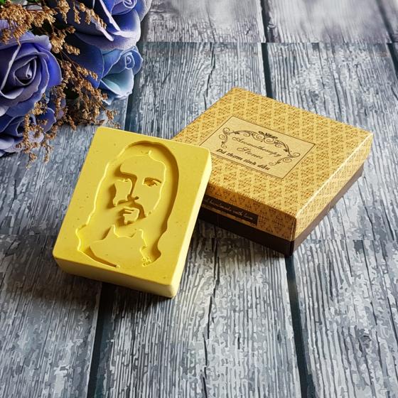 Đá thơm khuếch tán tinh dầu ngọc lan Hình Chúa – Ylang Jesus Stone