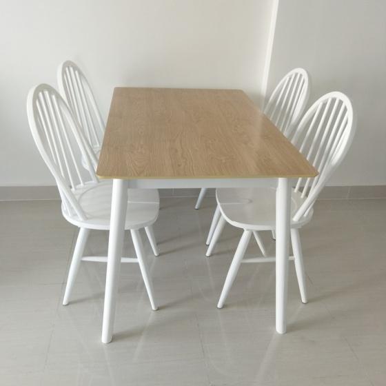 Bộ bàn ăn 4 ghế Windsor - IBIE