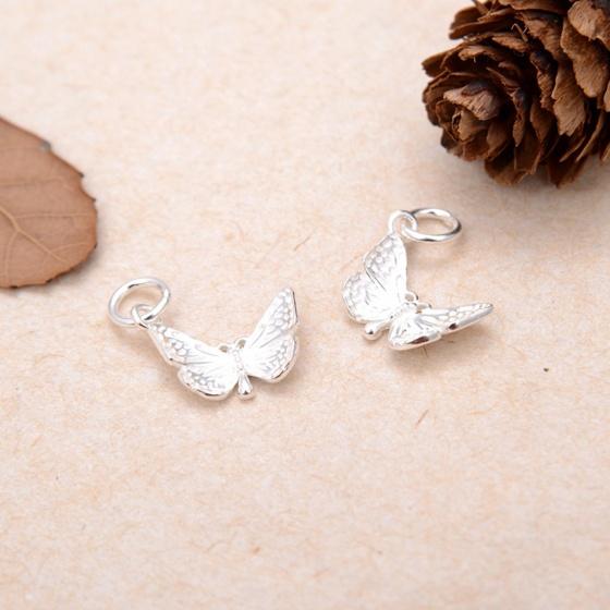Charm bạc trắng hình con bướm treo - Ngọc Quý Gemstones