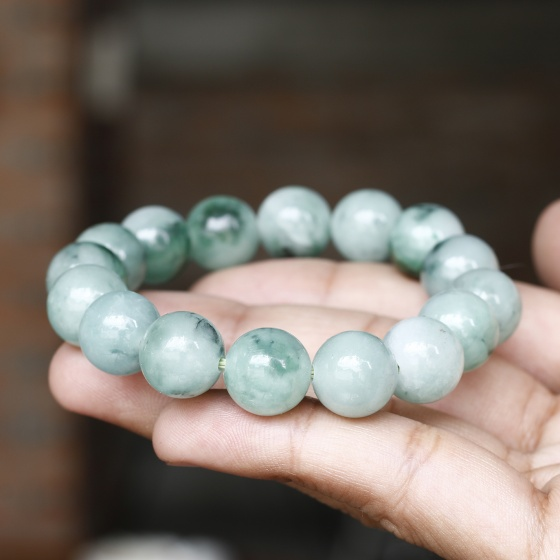 Vòng tay đá cẩm thạch phỉ thúy 12mm mệnh hỏa, mộc - Ngọc Quý Gemstones