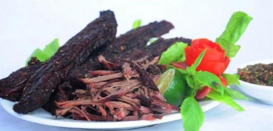 Thịt trâu gác bếp vùng cao Hà Giang
